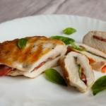 Куриные грудки с томатами и базиликом3