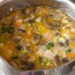 Куриный суп с цуккини и шампиньонами2