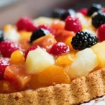 Торт безе с лесными ягодами