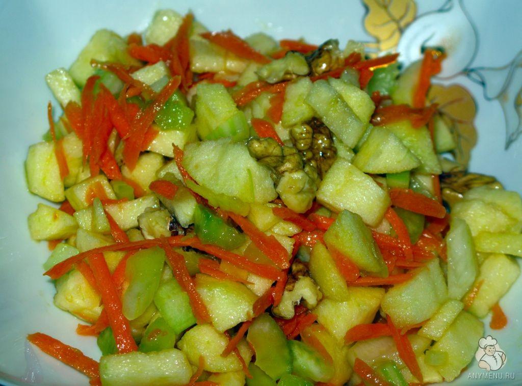 Салат из сельдерея, яблок и моркови (6)